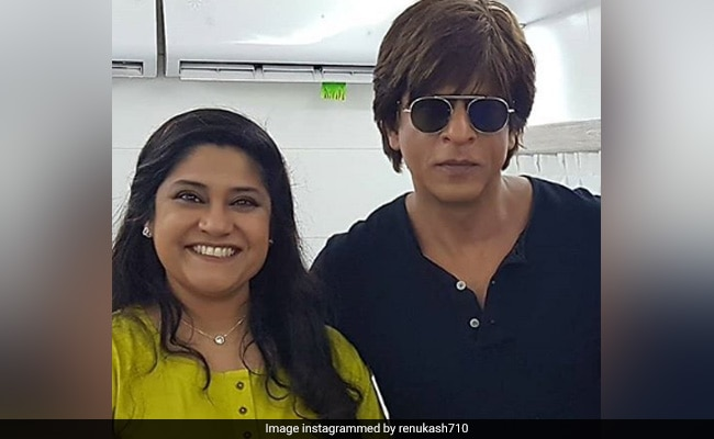 What Renuka Shahane Said About Working With Shah Rukh Khan In Circus thumbnail