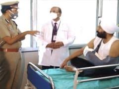 पंजाब : निहंगों ने काटा था हाथ, अब अस्पताल से डिस्चार्ज होकर घर पहुंचे SI हरजीत सिंह, बेटे को बनाया गया कांस्टेबल