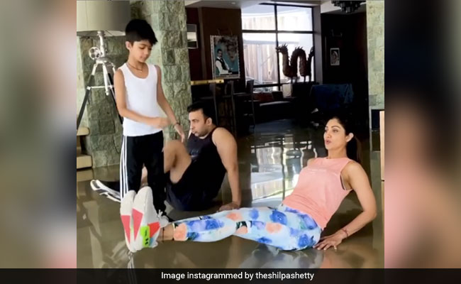 Watch: Shilpa Shetty, Raj Kundra And 7-Year-Old Viaan's Synchronised Work-Out