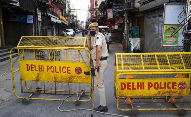 102 Evacuated From Delhi Mosques, Some Islamic Sect Members COVID-19 +ve
