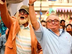 """""""I Never Visited Rishi Kapoor In Hospital"""": Amitabh Bachchan Explains Why In Send-Off Post"""