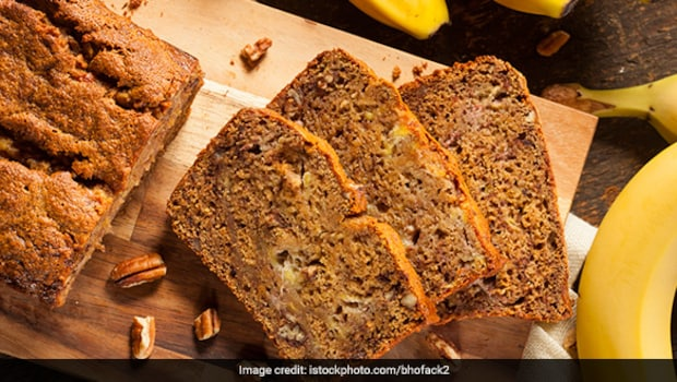 Easy Microwave Recipe: Try This Eggless Banana Bread Recipe That Gets Ready In 5 Minutes
