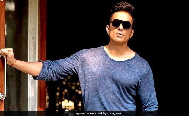 Sonu Sood Offers His Juhu Hotel For Healthcare Workers To Stay In Amid Lockdown