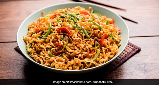 Quick And Easy Noodles Recipe: Make Spicy Schezwan Noodles In Just 15 Min