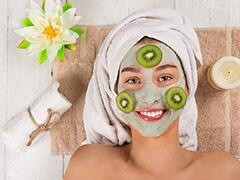 Fruit Mask for Glowing Skin: ग्लोइंग स्किन के लिए घर पर ट्राय करें ये DIY फ्रूट मास्क