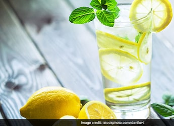 Summer Diet Tips: Cinnamon-Mint Water May Help You Keep Cool During The Season