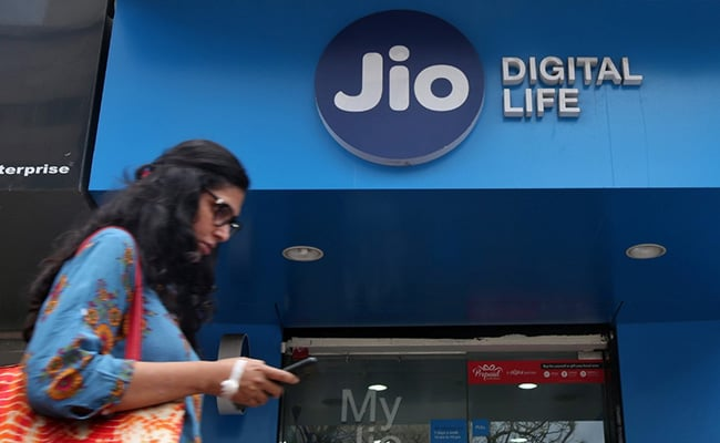 US Lists Reliance Jio Among ''Clean Telcos''