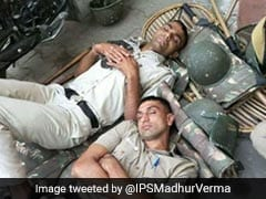 Viral Pic Shows Cops Sleeping On Ground, Twitter Thanks #CoronaWarriors