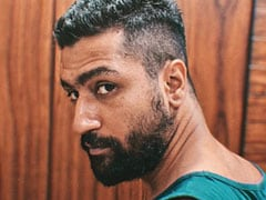 Guess Who Is Giving Haircut To Vicky Kaushal