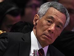 """COVID-19: Foreign Workers Will Return Home """"Safe And Sound"""" - Singapore PM"""