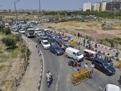 Traffic Crawls As Ghaziabad-Delhi Border Shuts Over Coronavirus