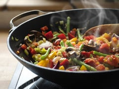 Watch: How To Make Restaurant-Style Tawa Mushroom Hara Pyaza At Home (Recipe Video Inside)