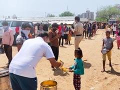 Akshaya Patra Foundation Offers Meals To Migrant Labourers, Daily Wage Earners Amid Coronavirus Lockdown Crisis