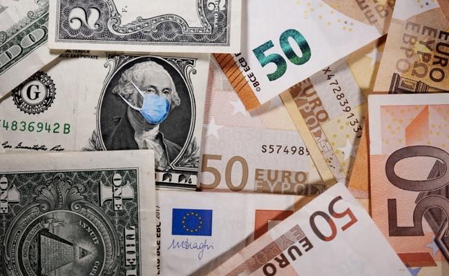 Dollar Rallies On US Recovery Hopes, Bitcoin Near Record $52,640