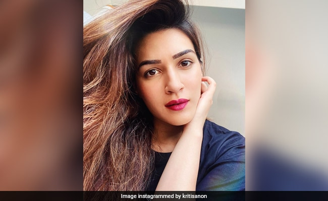 Kriti Sanon's Epic Reply To Kartik Aaryan's Question Will Leave You In Splits