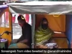 Social Distancing On E-Rickshaw Done Right. Anand Mahindra Shares Video