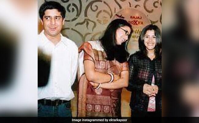 Smriti Irani's ROFL Reaction To Ekta Kapoor's Throwback Pic