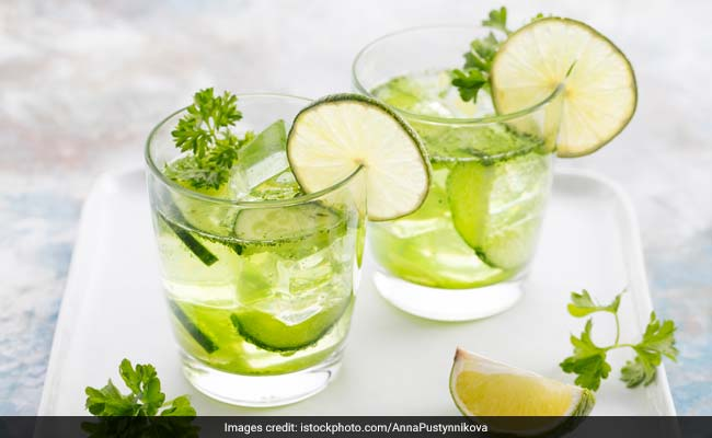 7 Summer Detox Drinks To Help You Stay Cool And Healthy