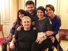 We Battled Cancer Together: Sonali Bendre Remembers Rishi Kapoor In A Moving Post