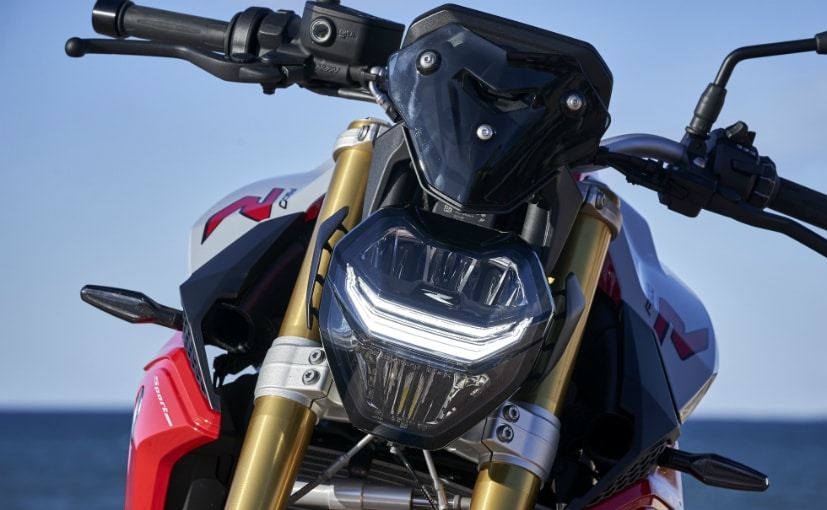 BMW F 900 R: All You Need To Know