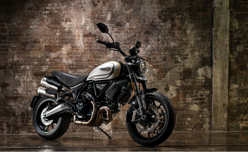 We expect the prices of the BS6 Ducati Scrambler 1100 Pro to start at Rs. 11.5 lakh (ex-showroom)