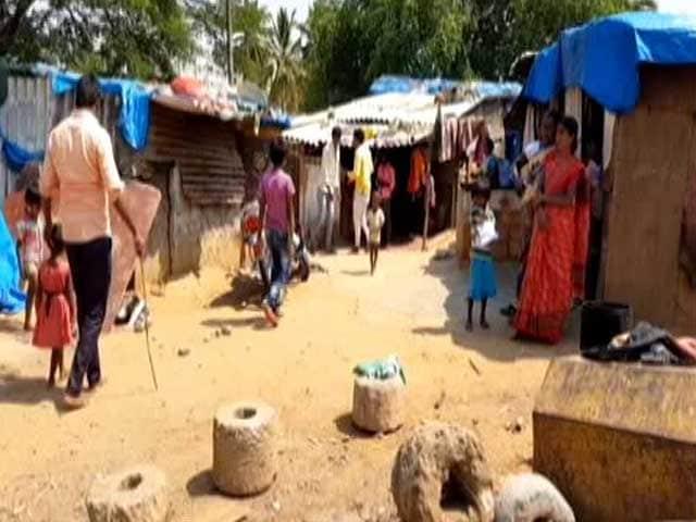 Video : No Social Distancing In Bengaluru's Urban Slums