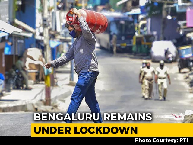 Video : People Step Out As Karnataka Eases Lockdown Restrictions In Some Districts