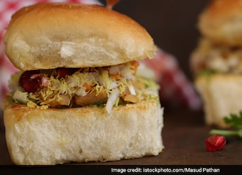 3 Yummy Dabeli Recipes Which Capture Flavours Of Gujarat With A Twist
