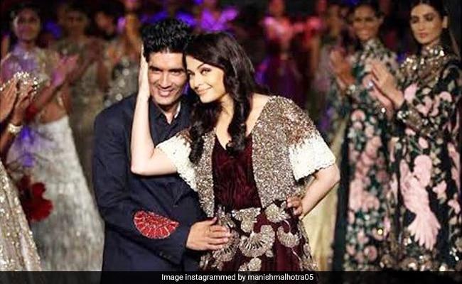 Manish Malhotra's Throwback Pic With Aishwarya Rai Bachchan Is All Sorts Of Goals thumbnail