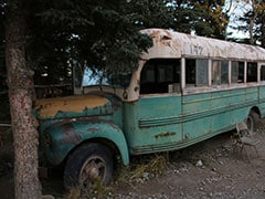 """Tourist Who Hiked To """"Into The Wild""""-Fame Abandoned Bus In Alaska Rescued"""