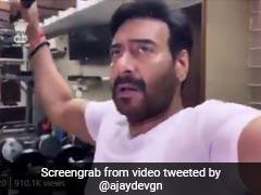 अजय देवगन ने ऋषि कपूर के निधन पर किया ट्वीट, बोले- उनका निधन मेरे दिल को छुरा मारने से कम नहीं है
