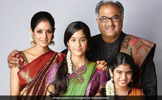 This Throwback Pic Of Sridevi, Janhvi, Khushi And Boney Kapoor Is Pure Love