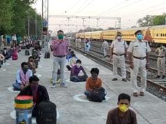 347 मजदूरों को लेकर नासिक से भोपाल पहुंची स्पेशल ट्रेन, स्टेशन पर इस तरह किया सोशल डिस्टेंसिंग का पालन
