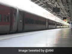 दो विशेष ट्रेनों में दिल का दौरा पड़ने से दो प्रवासियों की हुई मौत