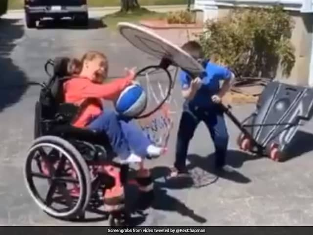 Video Of Kid Helping Specially-Abled Sister Score A Basket Wins Over Internet
