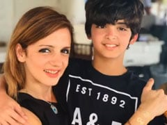 "Sussanne Khan's Birthday Wish For Her ""Artist"" Son Hridhaan Came Gift-Wrapped Like This"