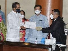 महाराष्ट्र: उद्धव ठाकरे ने विधान परिषद सदस्य के रूप में शपथ ली, सीएम बने रहने को लेकर रास्ता साफ