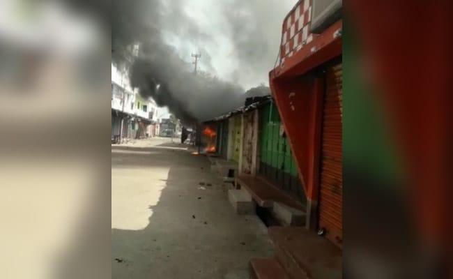 Wieder Gewalt in Bengalen wegen Bewegung in Coronavirus-Sicherheitszonen