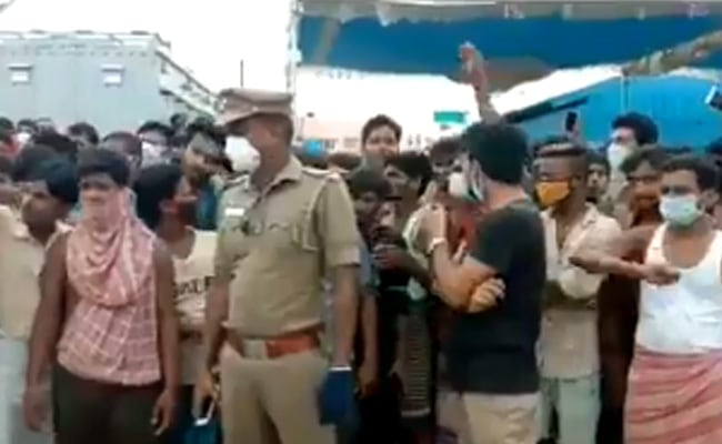 Social Distancing Goes For A Toss As Migrants Protests In Chennai