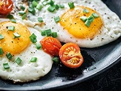 High-Protein Breakfast: How To Make Fried Eggs In A Microwave (Recipe Video Inside)