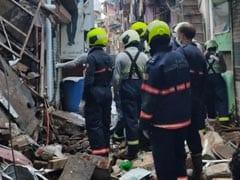 मुंबई में चॉल का एक हिस्सा गिरा, जानमाल का नुकसान नहीं, सभी लोगों को सुरक्षित निकाला