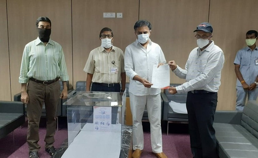 Mahindra Donates Aerosol Boxes, Face Shields To Telangana Government