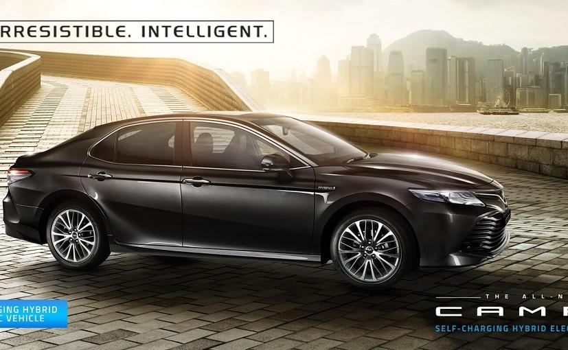 पिछले साल आई बीएस 4 मॉडल की तुलना में यह गाड़ी ₹ 93,000 महंगी है.