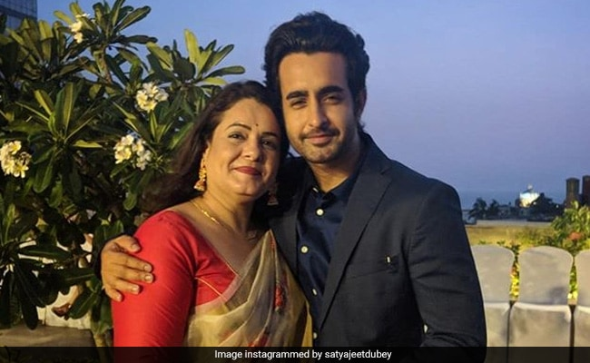 Prassthanam Actor Satyajeet Dubey Is Isolating With Sister After His Mother Tested Positive For COVID-19