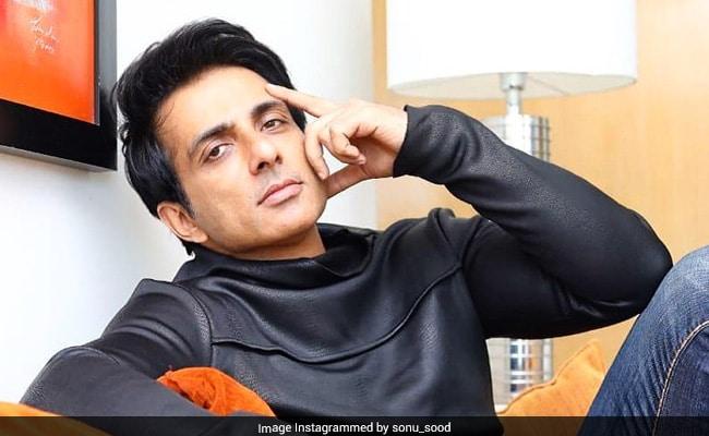 महाराष्ट्र में प्रवासी और अभिनेता सोनू सूद:  पीछे चल रहे है एक राजनीति का एक तगड़ा खेल?