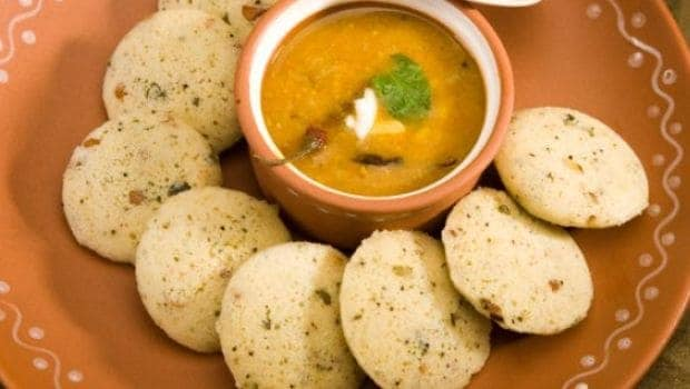 Try this Unique Chana Dal Idli Recipe With Loads Of Proteins For Weight Loss Diet