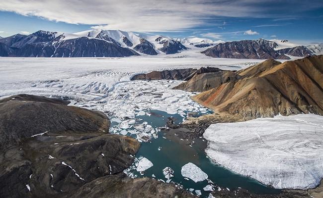 European Union To Seek Ban On Arctic Fossil Fuel Exploitation