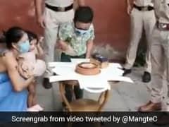 दिल्ली पुलिस ने चैंपियन बॉक्सर Mary Kom के बेटे का बर्थडे कुछ ऐसे किया सेलिब्रेट, VIDEO ने मचाई धूम