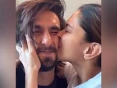 "For Deepika Padukone, Ranveer Singh's Is The ""World's Most Squishable Face"""