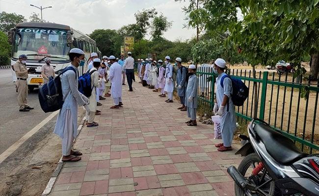 Subdued Eid Celebrations In India In Shadow Of Coronavirus Pandemic